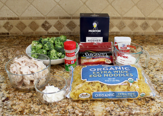 Ingredients for Easy Chicken and Broccoli Casserole