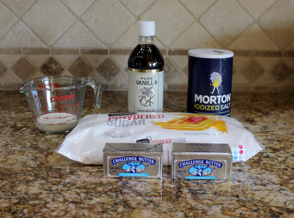 Ingredients for vanilla cupcakes with buttercream frosting